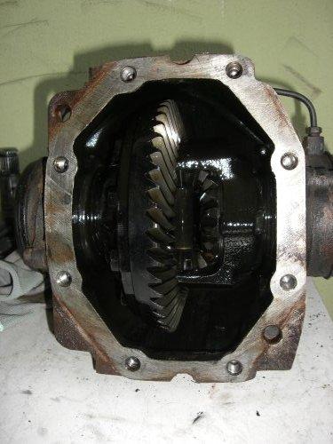 Mercedes W Differential Reparatur